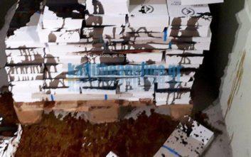 Άγνωστοι κατέστρεψαν τα ψηφοδέλτια της Ελληνικής Αυγής στην Καλλιθέα αφού τα περιέλουσαν με Betadine