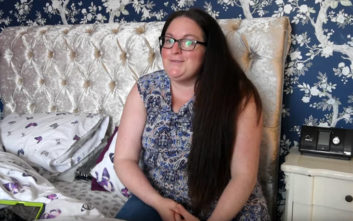 Η γυναίκα που υπνοβατεί και ξοδεύει μεγάλα ποσά