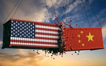 Οι ΗΠΑ κατηγορούν και επίσημα την Κίνα ότι «χειραγωγεί» το νόμισμά της