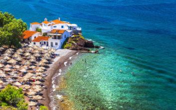 Ελληνική παραλία στις πιο ονειρικές της Ευρώπης