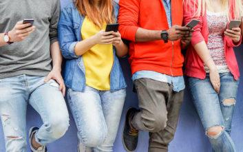 Η υπερέκθεση στα social media βλάπτει σοβαρά τους εφήβους
