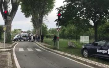 Ομηρία στη Γαλλία: Ο ανήλικος δράστης άφησε ελεύθερες τις γυναίκες
