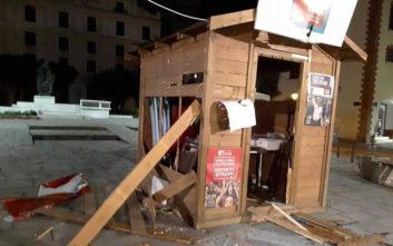 Έσπασαν εκλογικά περίπτερα στην Καβάλα