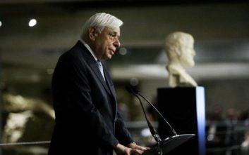 Παυλόπουλος: Ιερόσυλη πράξη βανδαλισμού και λεηλασίας η αφαίρεση των γλυπτών του Παρθενώνα
