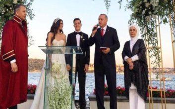 Παντρεύτηκε με την πρώην Μις Τουρκία  ο Μεσούτ Οζίλ