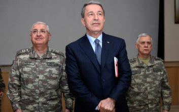 Αρνήθηκε τις κατηγορίες των Κούρδων για χημικά ο Ακάρ