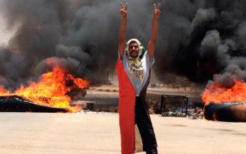 Σουδάν: Η στρατιωτική ηγεσία άνοιξε πυρ σε διαδηλωτές, 13 οι νεκροί