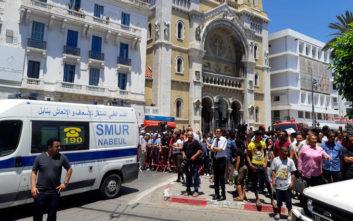 Το Ισλαμικό Κράτος ανέλαβε την ευθύνη για τις επιθέσεις καμικάζι στην Τύνιδα