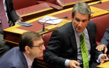 Λοβέρδος για μετατάξεις στη Βουλή: Πρωτοφανής διαδικασία πλιάτσικου και πελατειακών σχέσεων