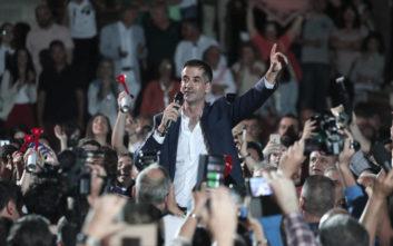 Κώστας Μπακογιάννης: Το αφιέρωμα του Guardian για τον νέο δήμαρχο της Αθήνας