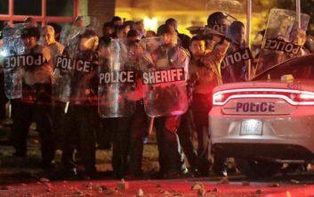 Χάος στο Μέμφις, συγκρούσεις διαδηλωτών με την αστυνομία μετά το θάνατο 20χρονου από αστυνομικά πυρά