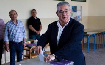 Εκλογές 2019: Ψήφισε στη Νέα Ιωνία ο Δημήτρης Κουτσούμπας