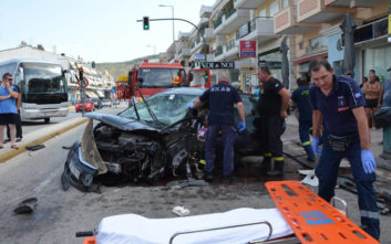 Σοκαριστικές εικόνες από σοβαρό τροχαίο με καραμπόλα τεσσάρων αυτοκινήτων στο Ναύπλιο