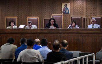 Δίκη Χρυσής Αυγής: «Πρώτη φορά είδα τον Ρουπακιά στο δικαστήριο» είπε κατηγορούμενος