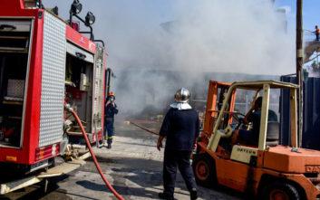 Φωτιά ξέσπασε στο Διόνυσο