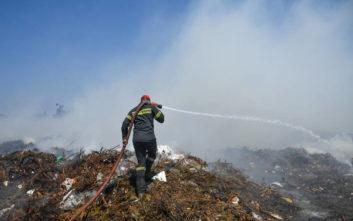 Φωτιά στον Ασπρόπυργο, διακόπηκαν δρομολόγια του Προαστιακού