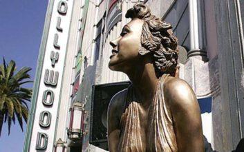 Άγνωστοι έκλεψαν το διασημότερο άγαλμα της Μέριλιν Μονρόε