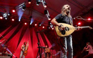 Γιάννης Χαρούλης: Αύριο η συναυλία που αναβλήθηκε λόγω βροχής