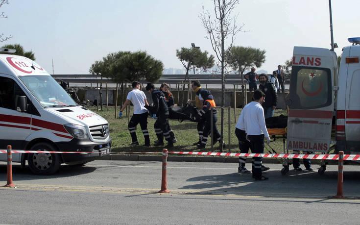 Δέκα νεκροί στην Τουρκία σε τροχαίο με φορτηγό που μετέφερε μετανάστες