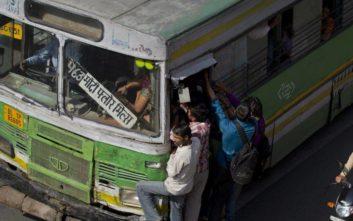 Ο λόγος που προσφέρεται στις γυναίκες στο Νέο Δελχί δωρεάν μετακίνηση στα μέσα μεταφοράς