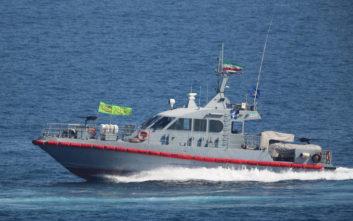 Συναγερμός στον Κόλπο του Ομάν: Διασώθηκαν 44 ναυτικοί από δύο δεξαμενόπλοια