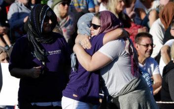 Μακελειό στη Νέα Ζηλανδία: Αυστηρότερη η νομοθεσία για τα όπλα