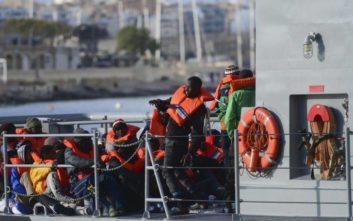 Ιταλία: 131 μετανάστες αποκλεισμένοι σε σκάφος στην Κατάνια
