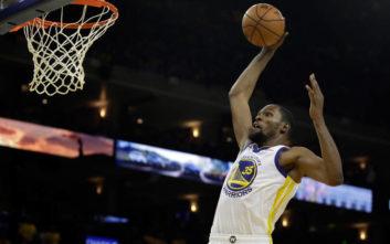 NBA: Μια μπλούζα ίσως να «πρόδωσε» την επόμενη ομάδα του Ντουράντ