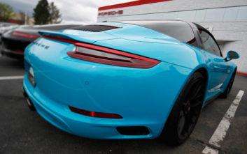 Η Porsche ανακαλεί 42.000 οχήματα από την κινεζική αγορά