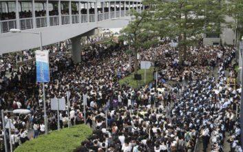Χάος στο Χονγκ Κονγκ από τις κινητοποιήσεις ενάντια στο νόμο για τις εκδόσεις στην Κίνα