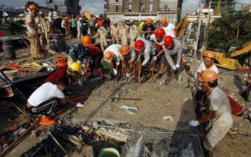 Καμπότζη: Τους 17 έχουν φτάσει οι νεκροί από την κατάρρευση ενός υπό κατασκευή επταώροφου κτιρίου
