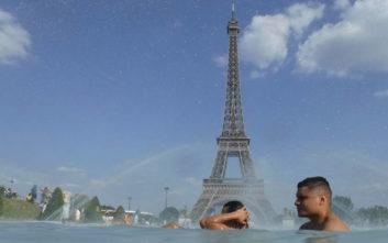 Καύσωνας: Πάνω από 45 βαθμοί στη Γαλλία, πυρκαγιά στην Ισπανία