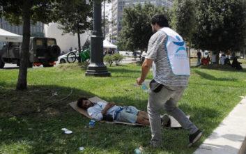 Καιρός: «Βράζει» η Ευρώπη, νεκρός λόγω καύσωνα 72χρονος άστεγος στο Μιλάνο