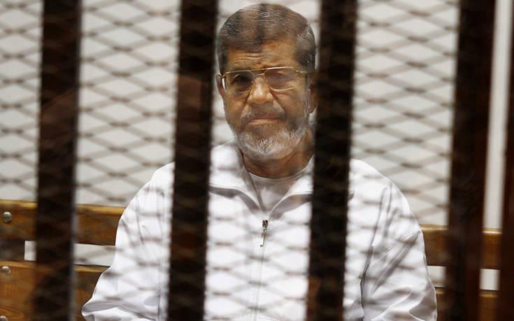 Κηδεύτηκε στο Κάιρο ο Μοχάμεντ Μόρσι