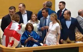 Εθνικιστές βουλευτές διέκοψαν τη Συνέλευση για την Ορθοδοξία στη Γεωργία