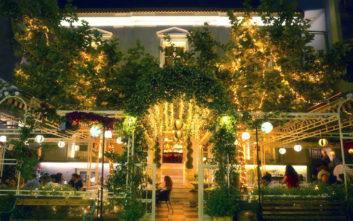 Τρία εστιατόρια στην πόλη που στεγάζονται σε εντυπωσιακά κτίρια