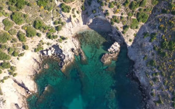 Ένας μυστικός, υδάτινος παράδεισος σε απόσταση αναπνοής από την Αθήνα