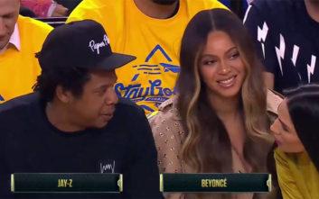 Το «δολοφονικό» βλέμμα της Μπιγιονσέ σε γυναίκα που έπιασε την κουβέντα στον Jay Z