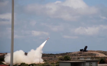 Οι απειλές τουρκικής εφημερίδας για πυραύλους στην Αθήνα και οι ελληνοτουρκικοί συσχετισμοί