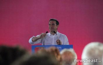 Αλέξης Τσίπρας: Ή θα κρατήσουμε την Ελλάδα στα χέρια μας ή θα την δώσουμε πίσω σ' αυτούς που την χρεοκόπησαν