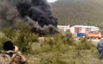 Δύο νεκροί μετά από αναγκαστική προσγείωση αεροσκάφους στη Ρωσία