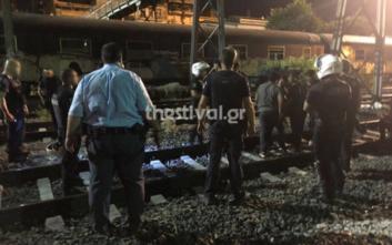 Άγριο ξύλο με σιδηρολοστούς και ξύλινες βέργες στη Θεσσαλονίκη