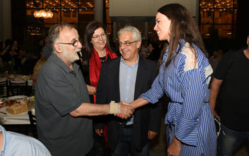 Κατερίνα Στικούδη και Θάνος Μικρούτσικος σε εκδήλωση του ΚΚΕ στον Περισσό