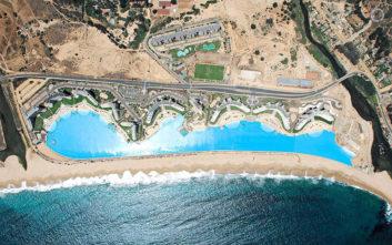 Αυτή είναι η μεγαλύτερη πισίνα στον κόσμο