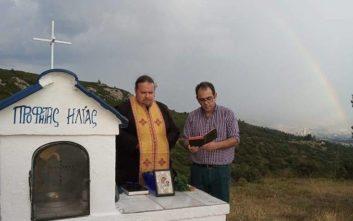 Η απάντηση στις ειρωνείες για τον αγιασμό στο Σέιχ Σου για το έντομο - φονιά