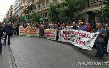 Συγκέντρωση διαμαρτυρίας της ΠΟΕΔΗΝ στο υπουργείο Υγείας