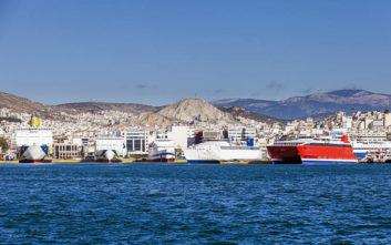 Ανοιχτά για το κοινό τρία πλοία του Πολεμικού Ναυτικού στο λιμάνι του Πειραιά