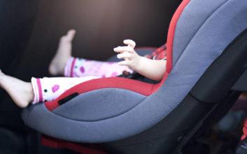 Δίχρονο κοριτσάκι πέθανε ξεχασμένο μέσα στο αυτοκίνητο