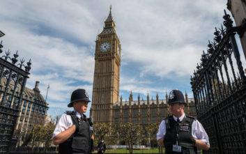 Εντείνεται η απειλή της ακροδεξιάς τρομοκρατίας στη Βρετανία