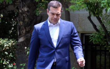 FT: Η μεσαία τάξη της Ελλάδας κουράστηκε με τον Αλέξη Τσίπρα